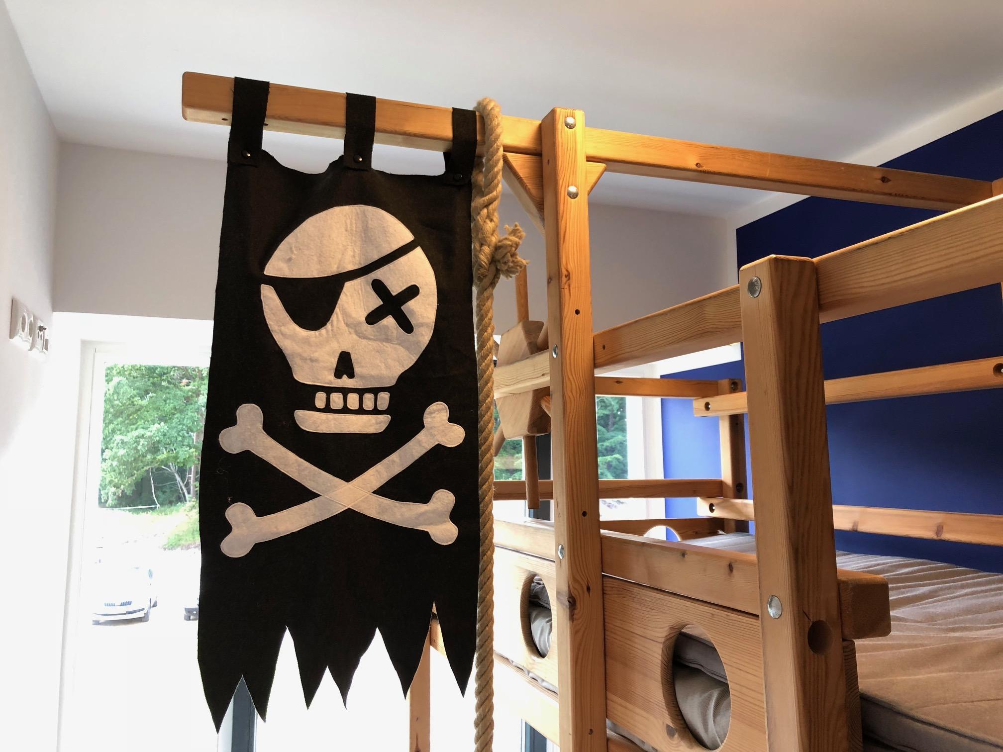 Piratenflagge TAU Abenteuer Etagenbett je x 90x200cm